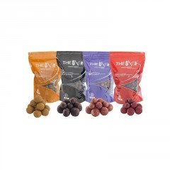 Boilies The One RED 1kg boile (1)